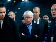 Reinhard Rauball (Bildmitte) kündigte seinen Rücktritt als DFL-Präsident an (Bild: KEYSTONE/EPA/FRIEDEMANN VOGEL)