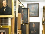 35'000 Objekte lagern im Archiv des Historischen Museums Thurgau. Jedes einzelne muss von den möglicherweise vorhandenen Asbest-Fasern gereinigt werden. (Bild: Historisches Museum Thurgau)