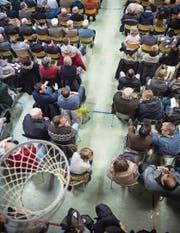 Heute genehmigen die Bürger an der Gemeindeversammlung mit dem Budget auch die Löhne – pauschal. (Bild: Andrea Stalder)