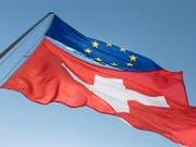 Der Bundesrat könnte bald Entscheide fällen zum Rahmenabkommen Schweiz-EU. Im Streit um den Lohnschutz hat sich der Baumeisterverband ins Spiel gebracht. (Bild: KEYSTONE/GAETAN BALLY)