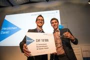 Zwei der Preisträger von Trafiko: Roman Steffen (links) und Christoph Zurflüh. (Bild: Roger Grütter (Luzern, 11. September 2018))
