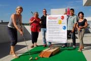 Das OK der Spielstrasse: Annette Auer, Lilian Höhener, Matthias Schmid, Ruedi Wolfender und Ursula Keller. (Bild: Kurt Peter)