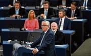 Jean-Claude Juncker gestern während seiner Ansprache in Strassburg. (Bild: Patrick Seeger/EPA)
