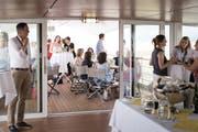 Gäste geniessen eine Fahrt auf der MS Säntis. (Bild: PD)