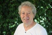 Wendelin Gisler, Leiter des Steinhauerkurses. (Bild: Remo Infanger)