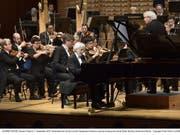 Krystian Zimerman war Bernsteins Lieblingspianist während dessen letzten Lebensjahren. Er führte am Lucerne Festival zusammen mit dem London Symphony Orchestra unter der Leitung von Sir Simon Rattle die 2. Sinfonie des US-Komponisten auf. (Bild: Copyright: Lucerne Festival/Peter Fischli)
