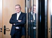 Heinz Tännler, Zuger Finanzdirektor, ist erfreut, aber nicht euphorisch. (Bild: Stefan Kaiser)