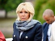 Spielt sich in einer französischen TV-Comedyserie selbst: Première Dame Brigitte Macron. (Bild: KEYSTONE/AP Lehtikuva/MARTTI KAINULAINEN)