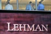 Mitarbeiter im Lehman-Brothers-Büro in New York am 16. September 2008. (Bild: KEYSTONE/AP Photo/Mary Altaffer)