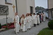 Der Einmarsch in die Kirche. (Bild: Beat Lanzendorfer)
