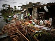 Der Supertaifun hat in Teilen der Philippinen alles zerstört - mehrere Menschen kamen ums Leben. (Bild: KEYSTONE/EPA/FRANCIS R. MALASIG)
