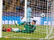 Der Schweizer Keeper Diego Benaglio kassierte mit Monaco gegen Marseille drei Tore (Bild: KEYSTONE/AP/CLAUDE PARIS)