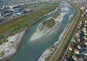 Aufgeweitet, Brunnen versetzt: Der künftige Rheinlauf beim Viscose-Areal in Widnau. (Visualisierung: PD)