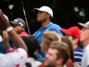 Tiger Woods zieht die Fans wieder in Massen an (Bild: KEYSTONE/FR69715 AP/JOHN AMIS)