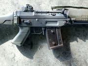 Der Bundesrat rechtfertigt seine Pläne, die Kriterien für Waffenexporte zu lockern. (Bild: KEYSTONE/MARTIN RUETSCHI)