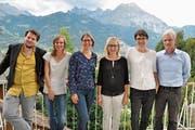 Von links: Sebastian Züst, Barbara Ott-Stump, Iris Mulle Kelly, Priska Bürgi-Bissig, Luzia Gisler und Urs Kälin an der Wahlfeier in Bürglen. (Bild: PD (Bürglen, 23. September 2018))