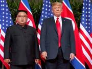 US-Präsident Donald Trump und der nordkoreanische Machthaber Kim Jong Un sollen sich in naher Zukunft erneut treffen. Dies sagte Trump am Montag am Rande eines Uno-Gipfels. (Bild: KEYSTONE/AP/EVAN VUCCI)