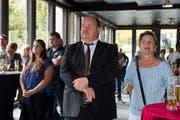 Die Enttäuschung ist ihm ins Gesicht geschrieben: Felix Müri mit seiner Frau Marie-Theres bei der Bekanntgabe des Wahlresultats im Restaurant Prélude. (Bild: Eveline Beerkircher (Emmen, 23. September 2018))