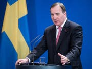 Stefan Löfven wird die Regierung kommissarisch weiter führen, bis die Koalitionsverhandlungen erfolgreich abgeschlossen sind. (Bild: Keystone/DPA/BERND VON JUTRCZENKA)