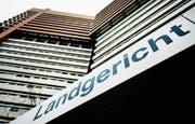 Das Landgericht Köln hat einen sogenannten Arrestbefehl an die Adresse der Baarer Piccor AG erlassen. (Bild: Oliver Berg/Keystone (20. Februar 2017))