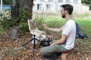 Malen unter dem Himmel Russlands: Dorian Iten war einer der Künstler aus Zug, die in Pljos an der «Green Noise» 2018 zu Gast waren. (Bild: PD)