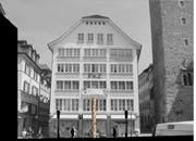 So hätte der Maskenbrunnen auf dem Rathausplatz in der Luzerner Altstadt aussehen sollen. (Bild PD)