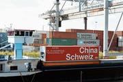 Der Freihandel zwischen der Schweiz und China nimmt auch im fünften Jahr zu. (Bild: Steffen Schmidt/KEY)