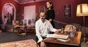 Die verzweifelt Liebende und der Narzisst: Simone Stahlecker und Matthias Fankhauser. (Bild: Peter Knup/Theater Winterthur)
