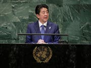 Japans Ministerpräsident Shinzo Abe hat an der Uno-Vollversammlung in der Nacht auf Mittwoch ein anderes Verhältnis seines Landes zu Nordkorea angekündigt. (Bild: KEYSTONE/AP/FRANK FRANKLIN II)