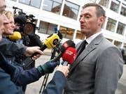 Staatsanwalt Kristian Kirk (rechts) drang auch im Berufungsprozess mit seinem Strafantrag auf lebenslänglich für U-Boot-Bauer Peter Madsen wegen Mordes an der schwedischen Journalistin Kim Wall durch. (Bild: KEYSTONE/AP Ritzau Scanpix/LISELOTTE SABROE)