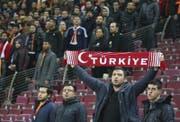 Die Türkei will erstmals eine Fussball-Endrunde austragen. (Bild: AP)
