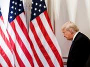 US-Präsident Donald Trump muss das neue Haushaltsgesetz noch absegnen - dann hat er vor dem sogenannten Shutdown erst einmal Ruhe. (Bild: KEYSTONE/EPA/JUSTIN LANE)
