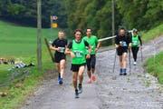 Ein Berglauf für alle: Die einen wollen schnell hoch, die anderen nehmen es wesentlich gemütlicher. (Bild: Robert Kucera)