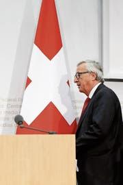 EU-Kommissionspräsident Jean-Claude Juncker will das Rahmenabkommen rasch abschliessen. (Bild: Peter Klaunzer/KEY (Bern, 23. November 2017))