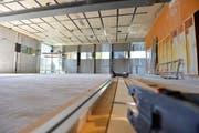 Das Schulzentrum während der Ergänzungsarbeiten im August. (Bild: Donato Caspari)