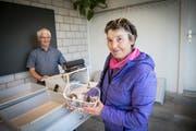 Erna Bayer aus Wittenbach hat am Gübsensee Frauentäubling gefunden – ganz zufällig. (Bild: Ralph Ribi)