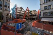 Baustelle am Kapellplatz in Luzern. Das ehemalige C&A - Gebäude wird abgerissenBild: Dominik Wunderli (25. September 2018)