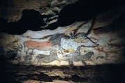 Höhlenmalerei in Lascaux: Um Tiere zu erlegen, entwickelten die Steinzeitmenschen eine spezielle Methode. (Bild: AP Photo/Pierre, Pool)