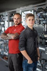 Die Swiss Skills waren für Dominik Baumann (links) und Dario Liesch stressig. (Bild: Michel Canonica)