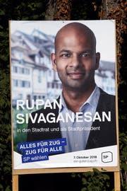 Wahlplakat von Rupan Sivaganesan. (Bild: Werner Schelbert, Zug, 25.9.2018)