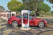 Tesla kommt um Elon Musk nicht zur Ruhe. (Bild: Inga Spence/Alamy Stock Photo (28. September 2018)