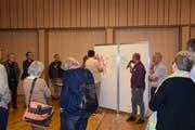Die Workshopteilnehmer äussern ihre Wünsche (Bild: Tobias Bruggmann)