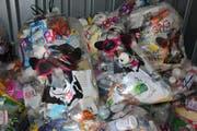 Wer die KUH-Bags nutzt, sollte darauf achten, dass keine Essensreste am Kunststoff kleben. Bild: PD