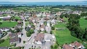 Das dreieckförmige Areal zwischen Post-, Kirch- und St.Gallerstrasse in Mörschwil soll umgestaltet werden. (Bild: Ralph Ribi)