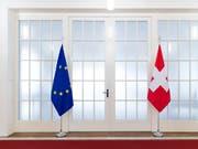 Die Verhandlungen mit der EU über einen Rahmenabkommen gehen weiter. Die Kohäsionsmilliarde will der Bundesrat freigeben. (Bild: KEYSTONE/PETER KLAUNZER)