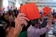 Die SP-Delegierten stimmten dem AHV-Paket zu. (Bild: Peter Klaunzer / Keystone (Olten, 29. September 2018))