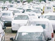 Schweizer Neuwagen-Verkäufe gehen im August auf hohem Niveau zurück. (Bild: KEYSTONE/CHRISTIAN BEUTLER)
