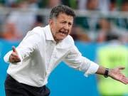 Ein Trainer mit Leidenschaft: Juan Carlos Osorio wird neuer Nationalcoach in Paraguay (Bild: KEYSTONE/AP/EDUARDO VERDUGO)