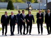 Ungarns Ministerpräsident Viktor Orban (3. von rechts) hat an einem Treffen der Präsidenten Zentralasiens einen Beobachterstatus. (Bild: KEYSTONE/AP Pool Presidential Press Service)