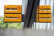 Postfinance soll in Zukunft Kredite vergeben dürfen. (Bild: Peter Schneider/Keystone)
